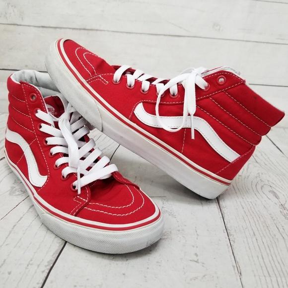 cb5ab2782e VANS Sk8 Hi Top Classic Red White Canvas Shoes. M 5bd2822104e33d2ba55f58c6
